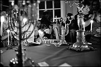 Jødedom.Hanukkah feires i verdens nordligste synagoge i Trondheim..Verdensreligioner / Jødedom.Kun til gjennomsyn.Foto:.Ken Opprann,.Helgesensgate 10,.0553 Oslo.mob: 90746150.e-mail: kenopprann@hotmail.com.website: www.kenopprann.no