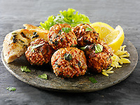 Kofta with salad & yoghurt