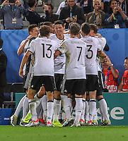 FUSSBALL EURO 2016 VIERTELFINALE IN BORDEAUX Deutschland - Italien      02.07.2016 Torjubel Deutschland nach dem Tor zum 1:0