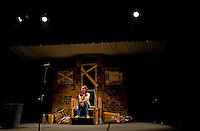 Woodlawn Red Barn Players production of Snow White and the Seven Buskers.<br /> <br /> Photo by: PatrickSchneiderPhoto.com