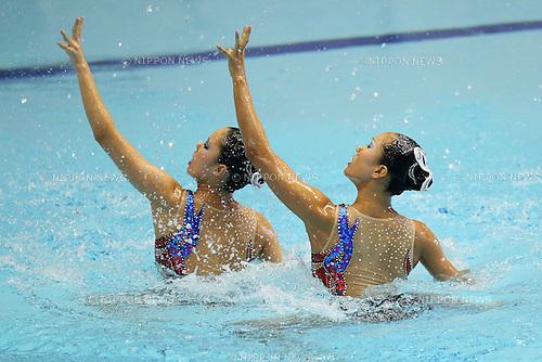 (L to R) Yukiko Inui (JPN), Chisa Kobayashi (JPN), JULY 9, 2011 - Synchronized Swimming : Yukiko Inui and Chisa Kobayashi of Japan perform during the duet technical routine Exhibition at Tatsumi International pool in Tokyo, Japan. (Photo by Yusuke Nakanishi/AFLO SPORT) [1090]