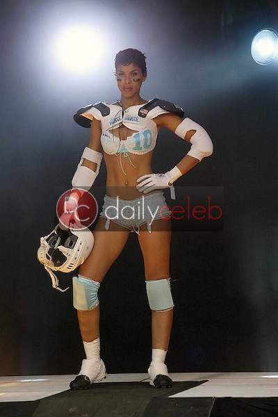 Gwendolyn Osbourne, Lingerie Bowl 2004 MVP