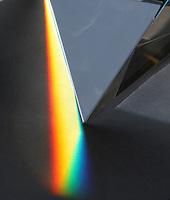 BOGOTA-COLOMBIA-3-02-2013 .Descomposición de la luz blanca por un prisma.Decomposition of white light through a prism.., (Photo / VizzorImage / Felipe Caicedo / Staff).