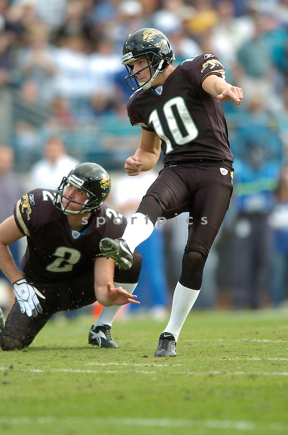 JOSH SCOBEE, of the Jacksonville Jaguars during their game  against the Indianapolis Colts on December 10, 2006 in Jacksonville, FL...Jaguars win 44-17..DAVID DUROCHIK / SPORTPICS