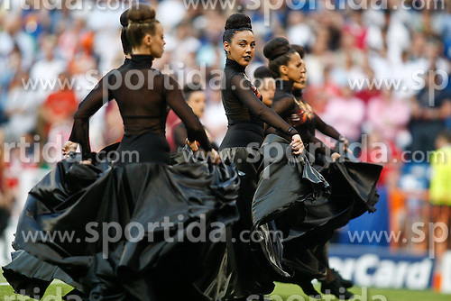 22.05.2010, Estadio Santiago Bernabeu, Madrid, ESP, UEFA Champions League Finale 2010, Bayern Muenchen vs Inter Mailand, Finale, im Bild Dance show before UEFA  Champions League final. EXPA Pictures © 2010, PhotoCredit: EXPA/ Alterphotos/ Alvaro Hernandez .