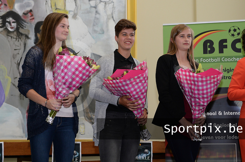 20150529 – OOSTENDE , BELGIUM : Elke Van Gorp (left) , Isabelle Iliano (middle) and Julie Biesmans (r) pictured during  the 1st edition of the Sparkle  award ceremony , Friday 29 May 2015, in Oostende . The Sparkle  is an award for the best female soccer player during the season 2014-2015 comparable to the Golden Shoe / Gouden Schoen / Soulier D'or for Men . PHOTO DAVID CATRY