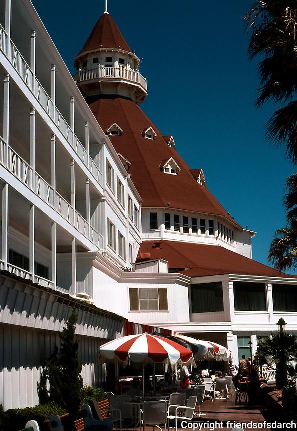 San Diego: Hotel Del Coronado, Coronado. Beach Front.  (Photo '78)