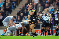 Sam Hill of Exeter Chiefs calls out to team-mates. Aviva Premiership match, between Exeter Chiefs and Bath Rugby on October 30, 2016 at Sandy Park in Exeter, England. Photo by: Patrick Khachfe / Onside Images