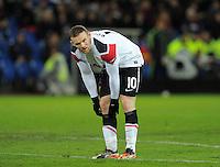 FUSSBALL   CHAMPIONS LEAGUE   SAISON 2011/2012     23.11.2011 FC Basel - Manchester United Enttaeuschung ManU; Wayne Rooney