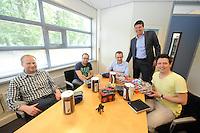 SCHAATSEN: HEERENVEEN: 06-06-2013, IJSSTADION THIALF, actiegroep thialf-moetblijven.nl te gast in Thialf, v.l.n.r. Hedser Kok, Bas Altena, Peter van Gool, Thialf directeur Eelco Derks, Remco Folkerts, ©foto Martin de Jong