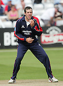 Chris Peploe of Middlesex in bowling action - Essex Eagles vs Middlesex Crusaders - Friends Provident Trophy at Ford County Ground, Chelmsford - 20/05/07 - MANDATORY CREDIT:  Gavin Ellis / TGSPHOTO - IMAGES USED WILL BE INVOICED AT STANDARD RATES