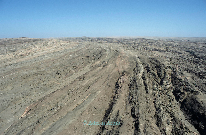 Rocky desert, Northern Namibia and Angola . The border is indeterminate at this point.