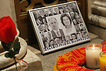 New Yorkers Pay Respect to Polish President Lech Kaczynski, First Lady and Cabinet in NYC