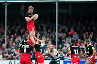 George Kruis of Saracens wins the ball at a lineout. Aviva Premiership semi final, between Saracens and Leicester Tigers on May 21, 2016 at Allianz Park in London, England. Photo by: Patrick Khachfe / JMP