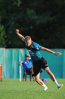 KAATSEN: HEERENVEEN: 03-07-2015, Masterskaatsen, Winnaars Menno van Zwieten (slaat de bal op), Dylan Drent en Hans Wassenaar (Koning), ©foto Martin de Jong