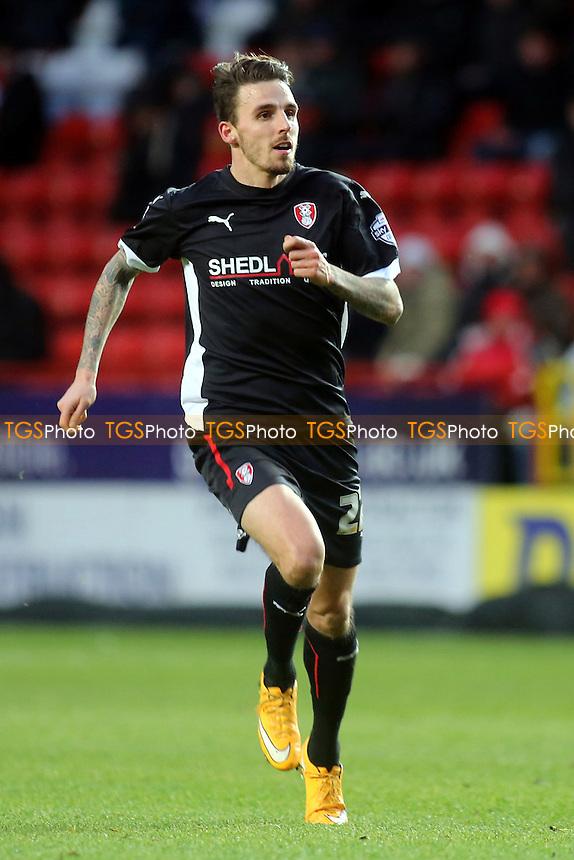 http://cdn.c.photoshelter.com/img-get/I0000lrGk6VHwsVk/s/860/860/Charlton-Athletic-Rotherham-United-310115-TGS020.jpg