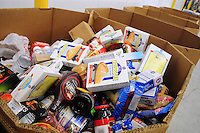 Phoenix, Arizona. October 18, 2012 - As the amount of food donations decreases, food banks such as the United Food Bank strive to keep up with hunger relief needs of 1 in 5 (20%) of Arizonans who are living in poverty and, based on figures of the Department of Health and Human Services. Photo by Eduardo Barraza © 2012