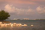 Caribbean: Landmarks and Resorts