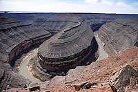 SOUTHWESTERN GEOLOGICAL FORMATIONS<br /> Gooseneck, San Juan River, Utah