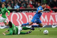 FUSSBALL   1. BUNDESLIGA   SAISON 2011/2012   21. SPIELTAG Werder Bremen - 1899 Hoffenheim                        11.02.2012 Marko Arnautovic (li, SV Werder Bremen) gegen Tobias Weis (re, TSG 1899 Hoffenheim)