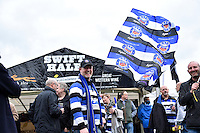 A general view of Bath Rugby supporters outside the Swift Half. Aviva Premiership match, between Bath Rugby and Exeter Chiefs on October 17, 2015 at the Recreation Ground in Bath, England. Photo by: Patrick Khachfe / Onside Images