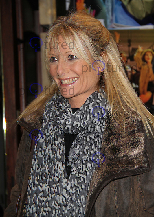 gaby roslin flashdance the musical gala night celebrity and red