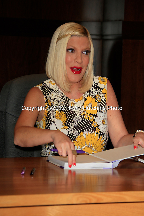 LOS ANGELES - APR 17:  Tori Spelling at a signing for her book &quot;celebraTORI&quot; at Barnes &amp; Noble at The Grove on April 17, 2012 in Los Angeles, CA