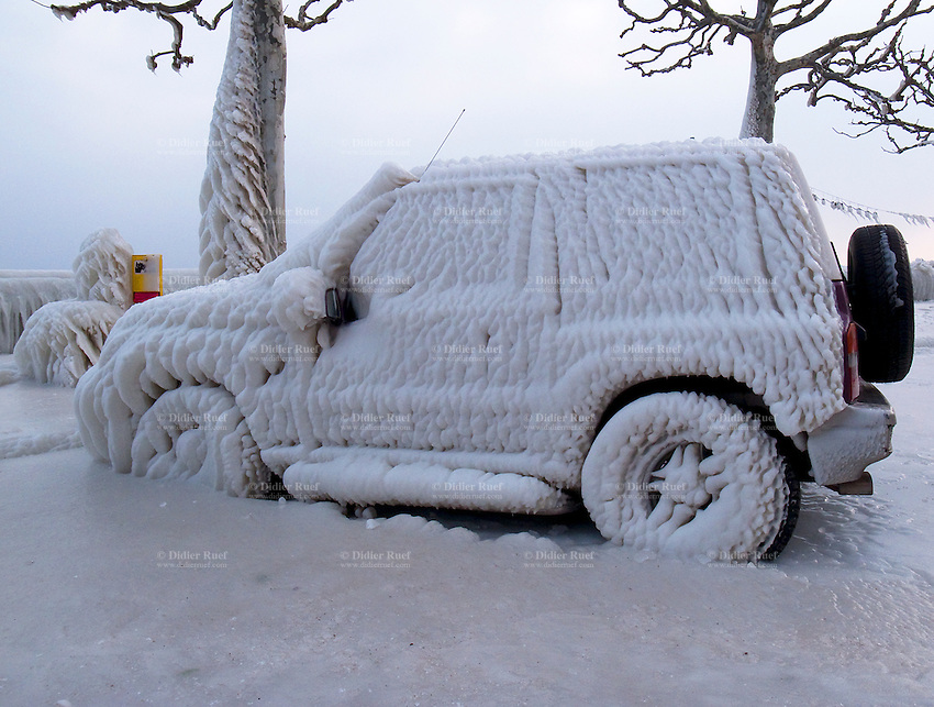 external image 011-Switzerland-Frozen-jeep-Ice-Snow-Winter-2012.jpg