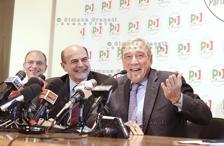 Roma, 28 Dicembre 2012.Piero Grasso, procuratore nazionale antimafia in conferenza stampa congiunta con Pier Luigi Bersani e Enrico Letta, si candida nella lista del PD