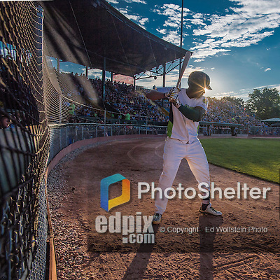 31 July 2016: Vermont Lake Monsters first baseman Miguel Mercedes stands on deck as the sun begins to drop during a game against the Connecticut Tigers at Centennial Field in Burlington, Vermont. The Lake Monsters edged out the Tigers 4-3 in NY Penn League action.  Mandatory Credit: Ed Wolfstein Photo *** RAW (NEF) Image File Available ***
