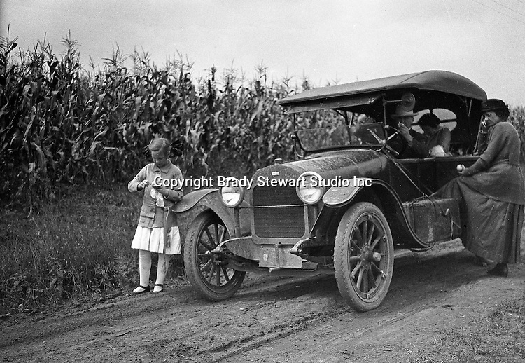 Southwestern Ohio - Brady and Sarah Stewart taking a day trip in 1914 Chevrolet Light Six Touring car with Brady family members - 1916