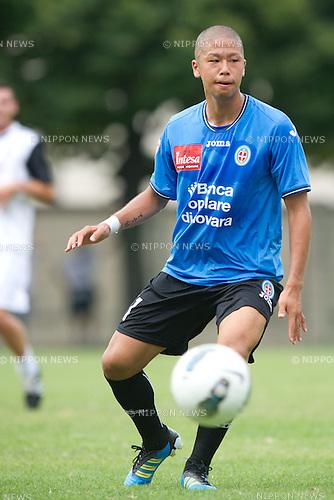 Takayuki Morimoto (Novara), JULY 23, 2011 - Football / Soccer : Pre-season friendly match between Novara 9-1 Acqui Terme in Acqui Terme, Italy, (Photo by Enrico Calderoni/AFLO SPORT) [0391]