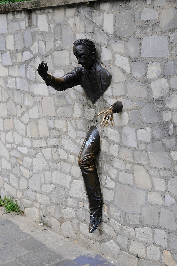 """Montmartre sculpture dedicated to Marcel Ayme, author of """"Le Passe-Muraille"""""""