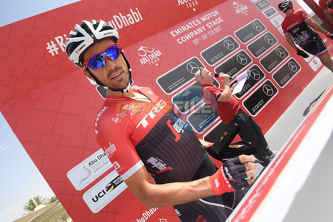 Alberto Contador (ESP) Trek-Segafredo signs on before the start of Stage 1 Emirates Motor Company Stage of the 2017 Abu Dhabi Tour, running 189km from Madinat Zayed through the desert and back to Madinat Zayed, Abu Dhabi. 23rd February 2017<br /> Picture: ANSA/Matteo Bazzi | Newsfile<br /> <br /> <br /> All photos usage must carry mandatory copyright credit (&copy; Newsfile | ANSA)