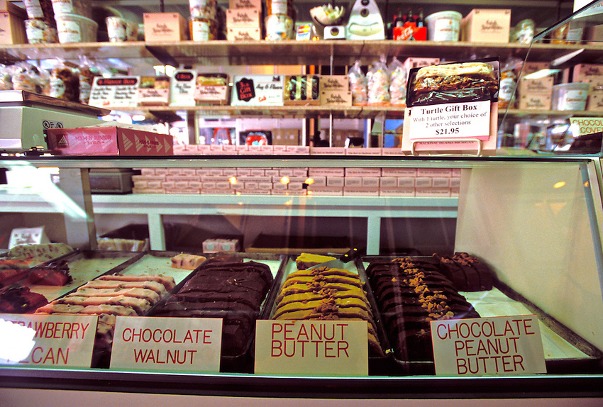 FUDGE AND CANDY FOR SALE AT RYBA'S FUDGE SHOP ON MACKINAC ISLAND, MICHIGAN.