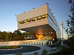 NYPD 121st Precinct Police House | Rafael Viñoly Architects