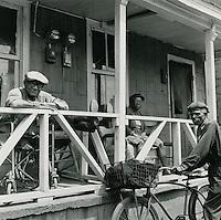 1969 May 20..Redevelopment...Bell-Diamond (A-1-3)..Berkley..Millard Arnold.NEG# MDA69-42-8.NRHA#..