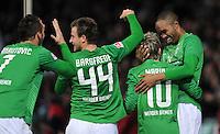 FUSSBALL   1. BUNDESLIGA   SAISON 2011/2012    14. SPIELTAG SV Werder Bremen - VfB Stuttgart       27.11.2011 NALDO (re) bejubelt seinen Treffer zum 2:0 mit Marko ARNUTOVIC, Philipp BARGFREDE und Marko MARIN (v.l., alle Werder Bremen)