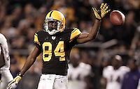 PITTSBURGH, PA - NOVEMBER 06:  Antonio Brown #84 of the Pittsburgh Steelers celebrates following a catch for a first down against the Baltimore Ravens during the game on November 6, 2011 at Heinz Field in Pittsburgh, Pennsylvania.  (Photo by Jared Wickerham/Getty Images)