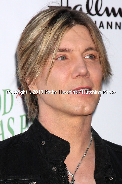 LOS ANGELES - DEC 1:  Johnny Rzeznik at the 2013 Hollywood Christmas Parade at Hollywood & Highland on December 1, 2013 in Los Angeles, CA