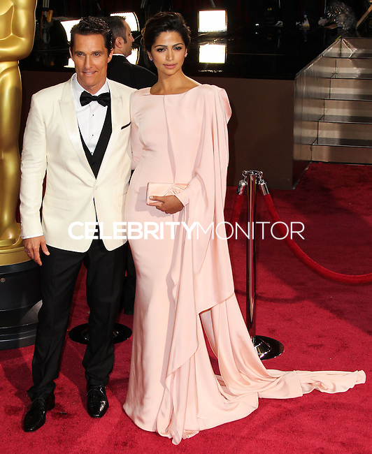 HOLLYWOOD, CA, USA - MARCH 02: Matthew McConaughey, Camila Alves at the 86th Annual Academy Awards held at Dolby Theatre on March 2, 2014 in Hollywood, Los Angeles, California, United States. (Photo by Xavier Collin/Celebrity Monitor)