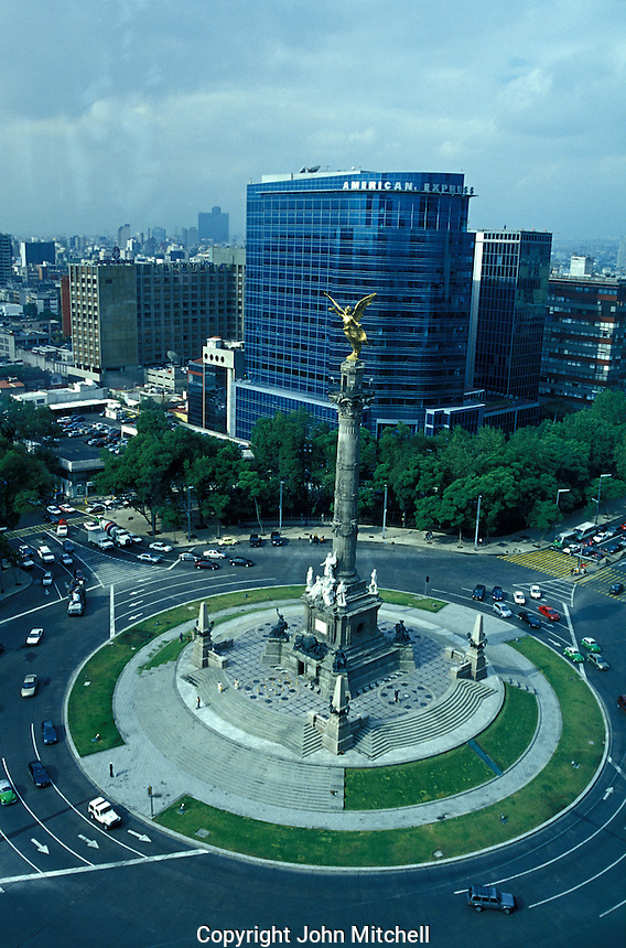 The Monumento a la Independencia or El Angel on Paseo de la Reforma in Mexico City. This 45 metre high monument was erected the centennial of 1910.