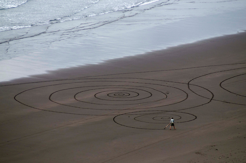 Sand Circles, Raglan Beach, NZ