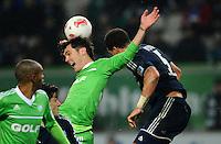 FUSSBALL   1. BUNDESLIGA    SAISON 2012/2013    15. Spieltag   VfL Wolfsburg - Hamburger SV                               02.12.2012 Srdjan Lakic (li, VfL Wolfsburg) gegen Jeffrey Bruma (re, Hamburger SV)