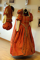Paliano.Museo dell' abito del XVI secolo per il corte storico.
