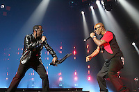 NEWARK, NJ - SEPTEMBER 25: Diddy and DMX perform at the Bad Boy Family Reunion concert at The Prudential Center in Newark, New Jersey on September 25, 2016. Credit: Walik Goshorn/MediaPunch