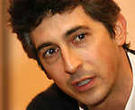 12/18/04 -- Omaha, NE  Oscar winning filmmaker Alexander Payne.. (Photo by Chris Machian/fPrairie Pixel Group).