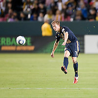 CARSON, CA – April 2, 2011: Philadelphia Union midfielder Brian Carroll (7) during the match between LA Galaxy and Philadelphia Union at the Home Depot Center, March 26, 2011 in Carson, California. Final score LA Galaxy 1, Philadelphia Union 0.