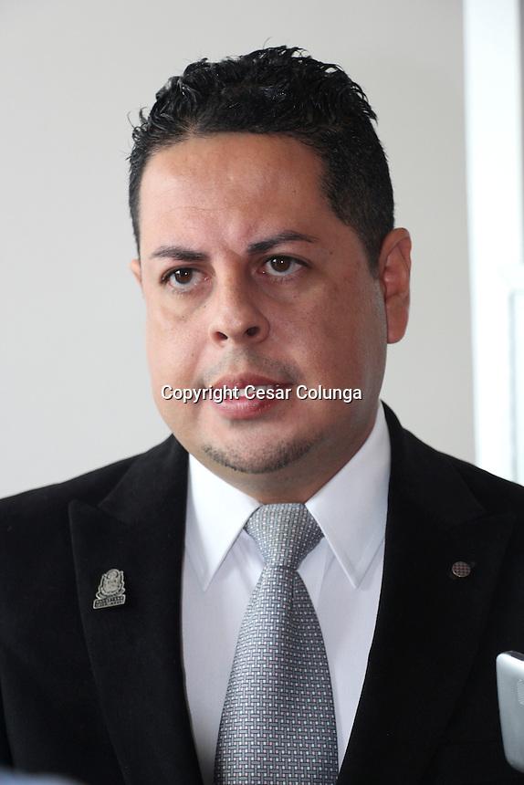 Querétaro, Qro. 13 de Octubre de 2016.- Presentan diputados Iniciativa de Ley de Salud Mental para el Estado de Querétaro, que incluye la contrucción de una Clínica Especializada en esta materia.