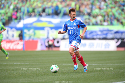 Manabu Saito (F Marinos),.MARCH 2, 2013 - Football / Soccer :.2013 J.League Division 1 match between Yokohama F Marinos 4-2 Shonan Bellmare at Nissan Stadium in Kanagawa, Japan. (Photo by Kenzaburo Matsuoka/AFLO)